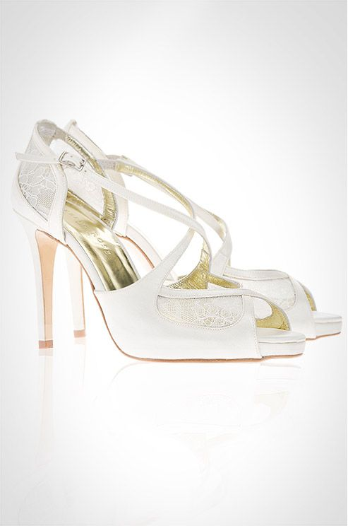 زفاف - Created With French Chantilly Lace, The Maria Ivory Wedding Shoe By Freya Rose Showcases Beautiful Cross Over Straps.