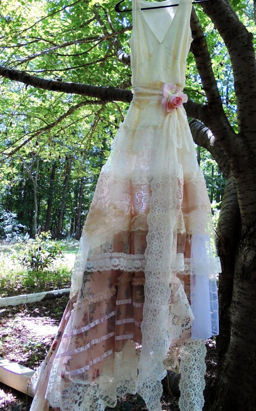 Hochzeit - Ivory Lace dress wedding floral   tulle romantic peach cream boho outdoor fairytale small medium by vintage opulence on Etsy
