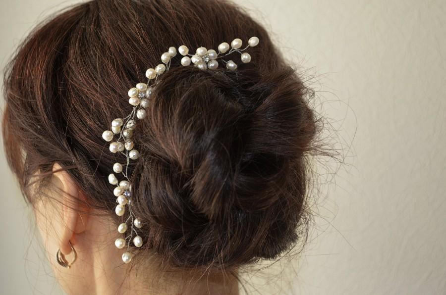 Wedding - Pearl Hair Pins, Wedding Pearl Headpiece, Bridal Hair Pins, Bridesmaid gift, bridal hairpiece, flower hair pins, pearl hair piece, pearl pin