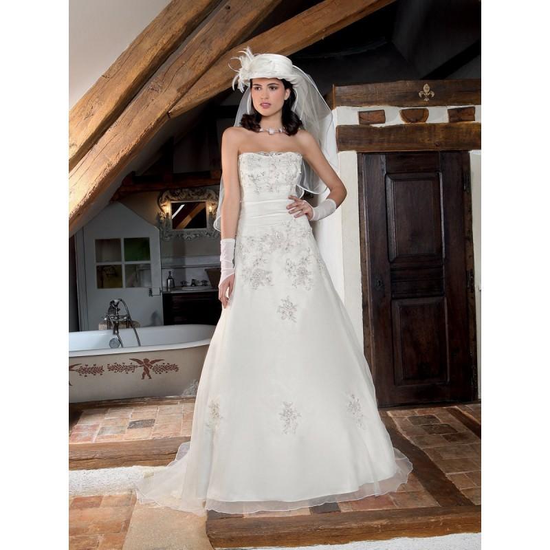 Hochzeit - Bella Sublissima, Myrte - Superbes robes de mariée pas cher