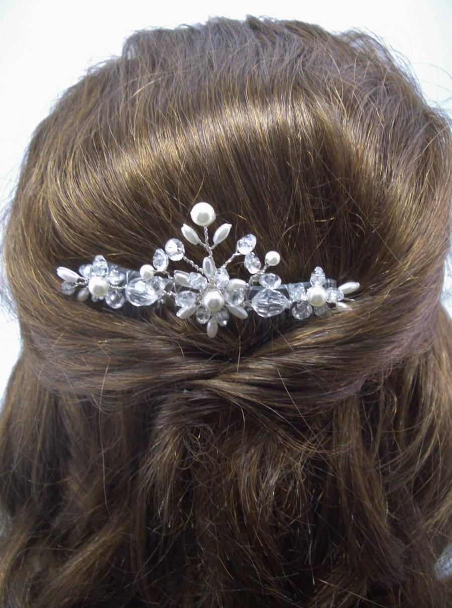 Hochzeit - Crystal and Pearl Hair Comb, Bride Veil Accessory, Beaded Wedding Hairpiece, original FFT design