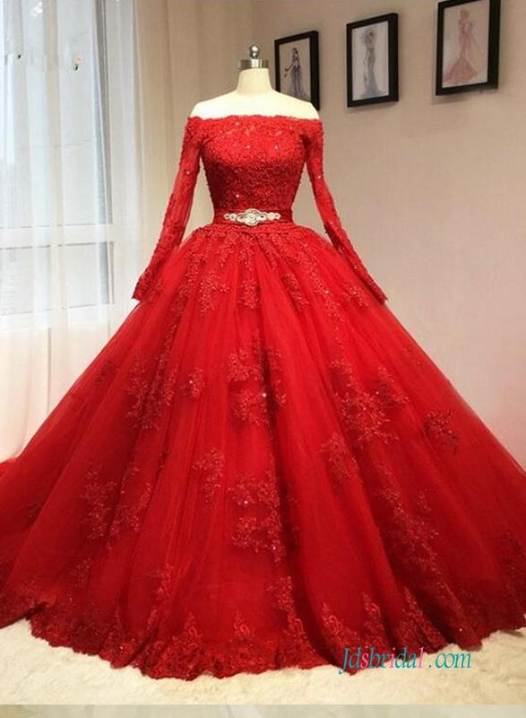 Düğün - Vintage red long sleeved ball gown wedding dress