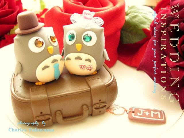 Hochzeit - owls in with luggage cake topper---k527
