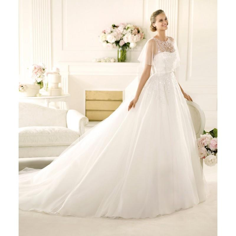 Hochzeit - Charming A-line Straps Lace Sequins Sweep/Brush Train Tulle Wedding Dresses - Dressesular.com