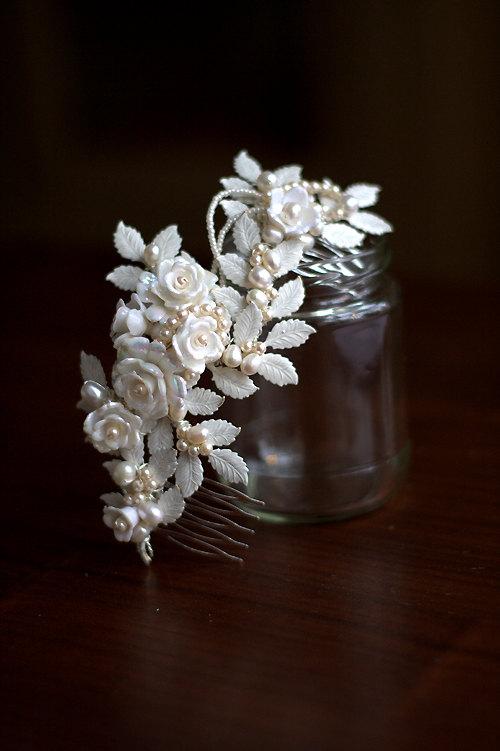 Свадьба - SALE - WEDDING  Bridal hair comb, ROWAN with pearls and vintage rose beads