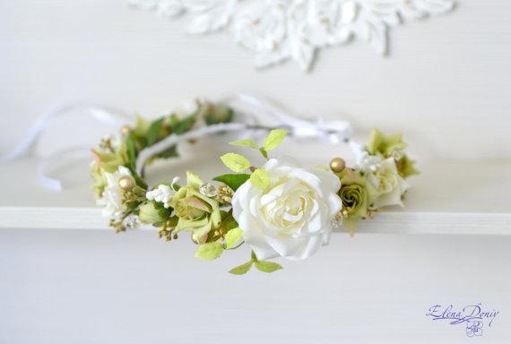 Mariage - Bridal Floral crown White green flower wedding crown Bridal flower headband Roses crystal hair wreath Rustic wedding halo Boho Flower Girl