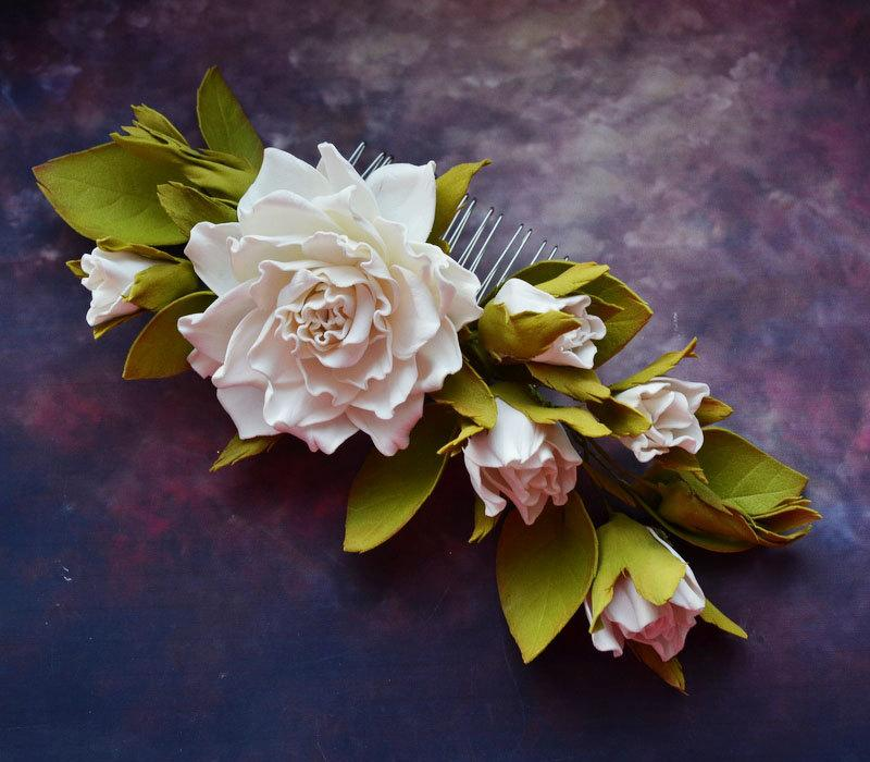 Mariage - Wedding hair comb Flower comb Bridal hair flower White floral comb Flower hair piece Bridal hair clip Valentines day gift Woodland wedding