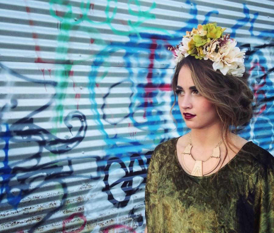 Mariage - Custom Order Large Flower Crown, Maternity Photo Shoot Crown, Photo Prop Flower Crown,  Festival Wear, Event Crown