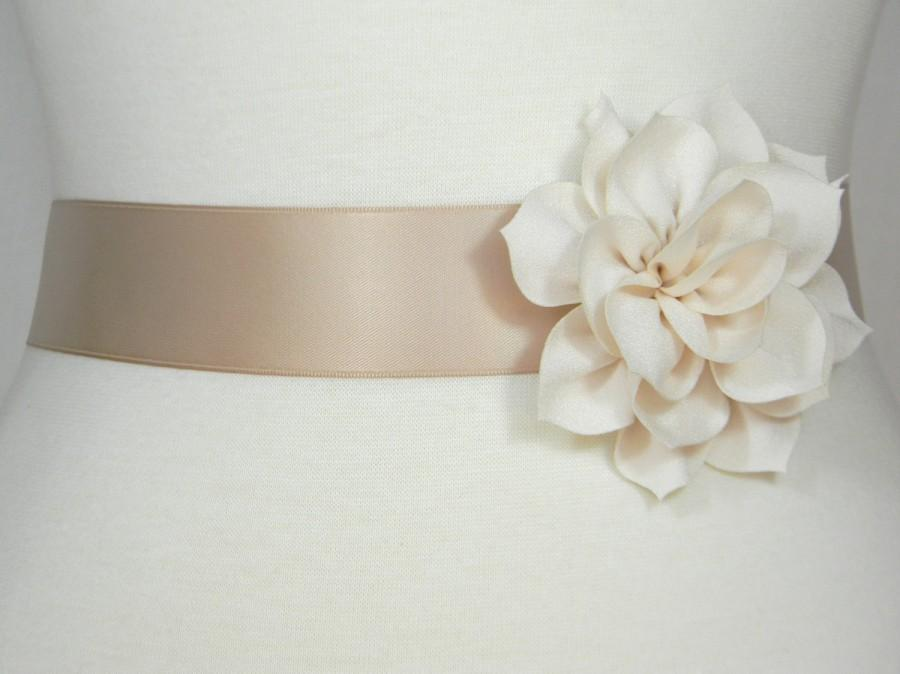 Wedding - Champagne Bridal Sash, Wedding Belt, Bridal Belt, Flower Girl Dress Sash, Bridesmaid Belt, Satin Sash, Wedding Dress Belt, Simple Sash, POSY