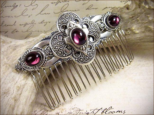 Mariage - Amethyst Comb, Purple, Medieval, Renaissance, Bridal Comb, Tudor, Bridal Hair Comb, Ren Faire, Medieval Wedding, Garb, Renaissance Wedding