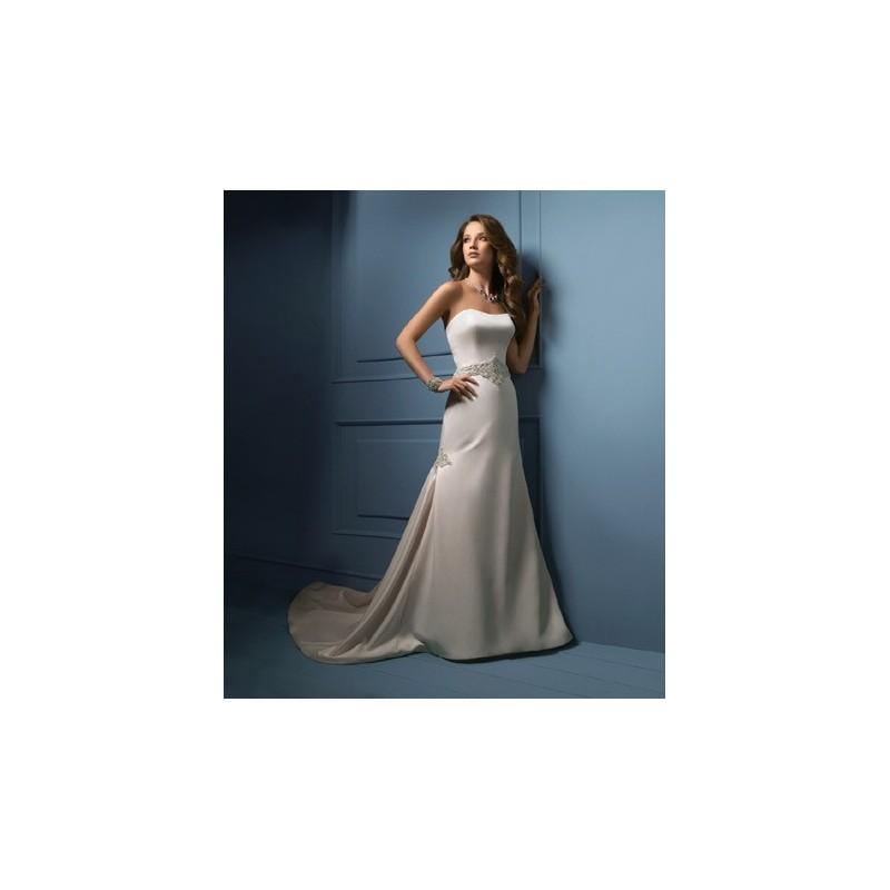 Wedding - Sapphire by Alfred Angelo 809 - Branded Bridal Gowns