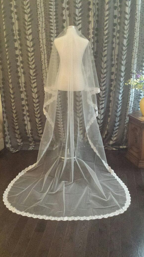 زفاف - 3M Lace Veil, 1 Tier, Off White, READY TO SHIP, (V09-HT3ML)