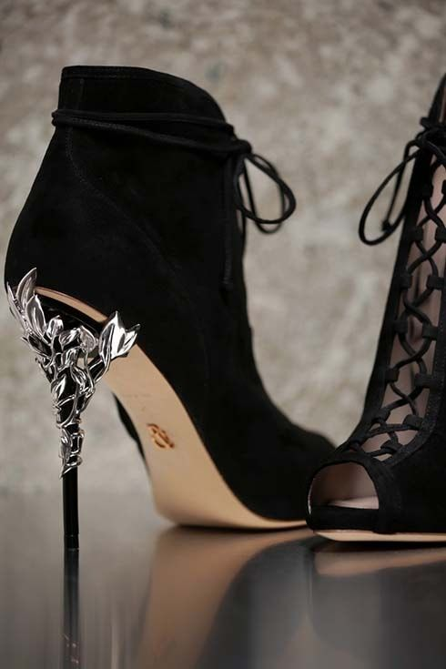 Boda - Ralph And Russo Autumn Winter 2016 2017 Shoes Collection