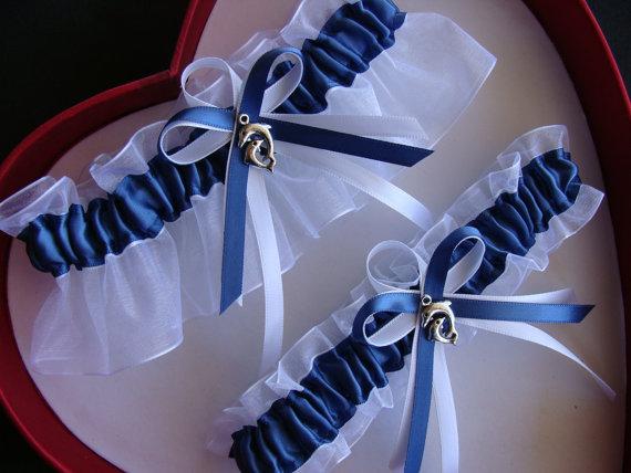 زفاف - Wedding Garter Antique Blue White Wedding Garter Set Select Keepsake Garter Toss Garter Plus Size Garter - 30 Different Charm Selection