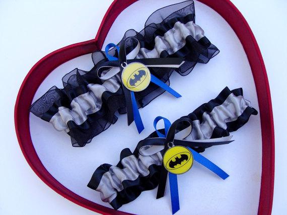 Mariage - New Handmade Batman Wedding Garters Silver Blue Black Yellow Garter Prom Homecoming Dance Superhero Wedding Garter Set