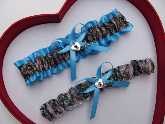Wedding - Wedding Garters Mossy OakTurquoise Camouflage Camo Set Keepsake Toss Plus Size Wedding Garters Prom