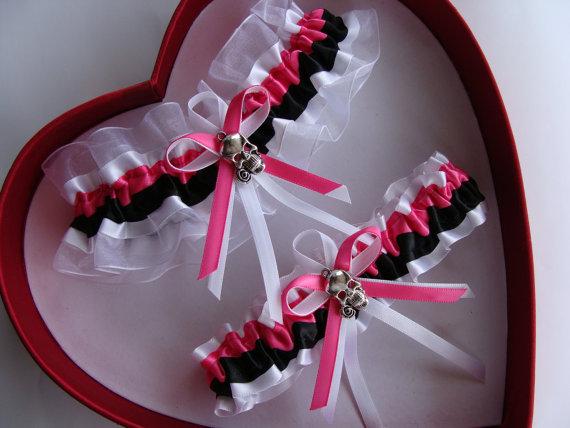 زفاف - New Hot Pink Black White Wedding Garter Goth Skull Garter Wedding Bride Gothic Wedding Gothic Style