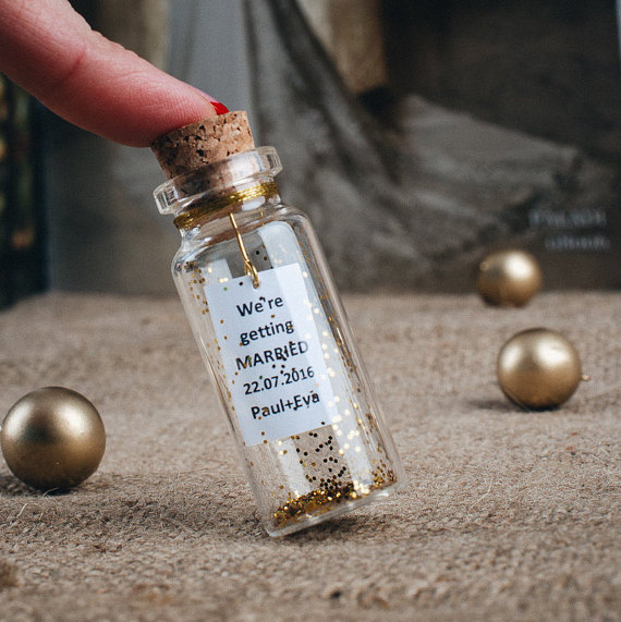 Свадьба - Bridal shower favors Gold wedding favors Personalized mini mason jars favors Golden wedding Luxury invitation Gold theme wedding