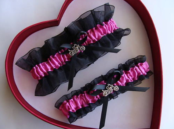 Свадьба - New Wedding Garter Fuchsia Black Harley Wedding Garter Prom GetTheGoodStuff