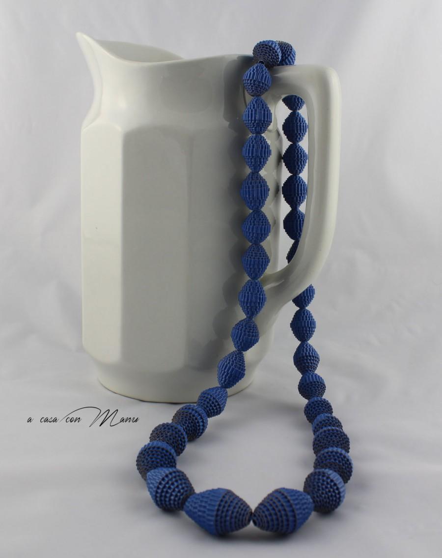 Mariage - Collana lunga con perle di carta,long necklace, blu cobalto, pearl paper, perle di cartoncino ondulato, idea regalo, handmade, made in Italy