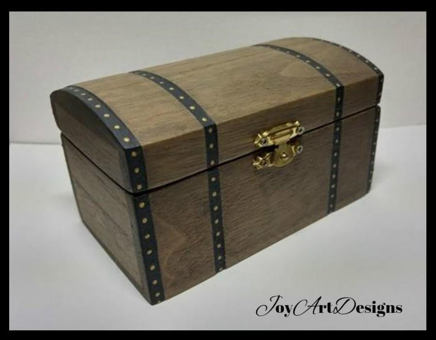Mariage - Wood Trunk Wood Chest Jewelry Box Small Wood Trunk Treasure Chest Trinket Box Gift For Him Cool Wood Trunk Vintage Inspired Trunk Wood Art