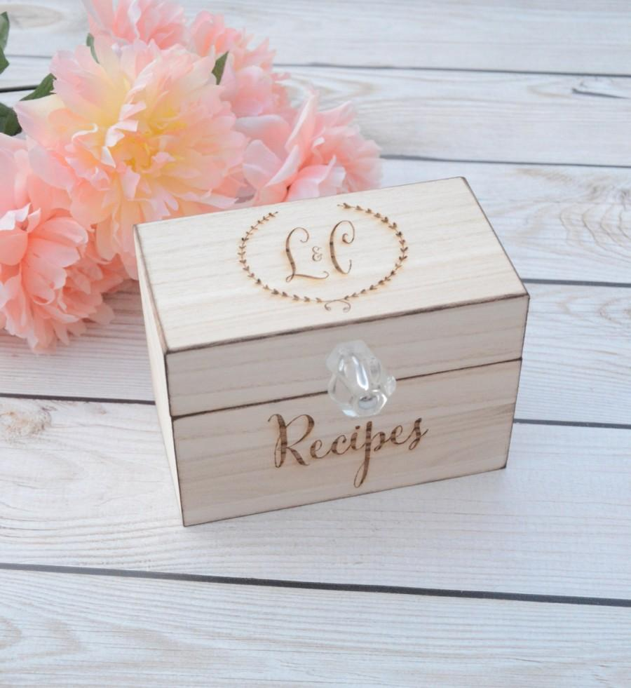Свадьба - Personalized recipe box, wooden recipe box, home decorations, wedding gift