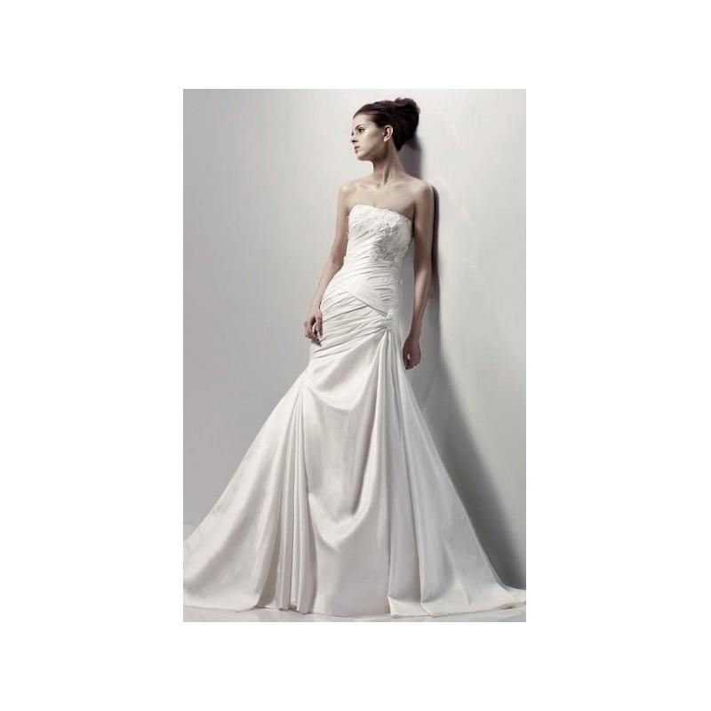 d0328bc63b05 Petite Strapless Applique Beading Mermaid Satin Chapel Train Bridal Gown In  Canada Wedding Dress Prices - dressosity.com