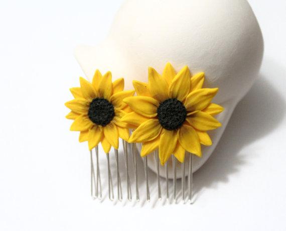 Wedding - Sunflower Hair Comb, Sunflower Wedding, Large Sunflower Hair Comb, Bridesmaids Gift, Yellow Wedding, Woodland Wedding, Yellow Sunflower