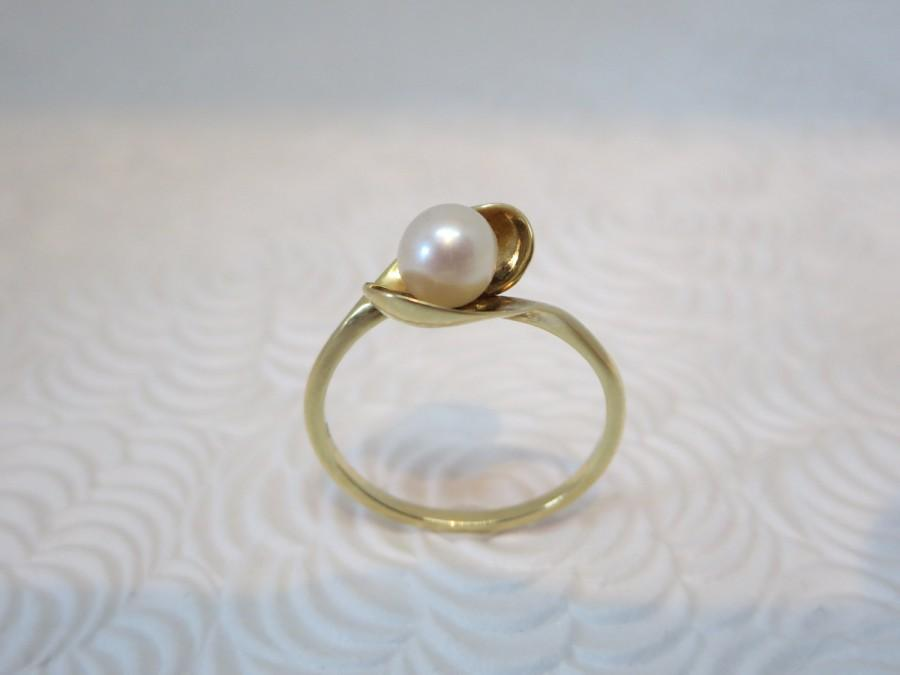 Mariage - Pearl ring, Women's ring, 14k gold ring, Modern, Classic, Jewelry, Engagement, Wedding, Promise, Ring for women, Solitaire, Valentine's gift