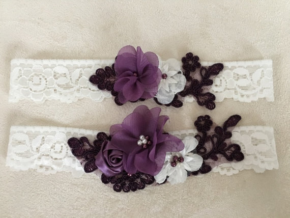 Wedding - Wedding Garter Set- ivory purple Bridal Garter Set - Keepsake Garter- Toss Garter- Lace Garter- Wedding Garter- Bridal Garter