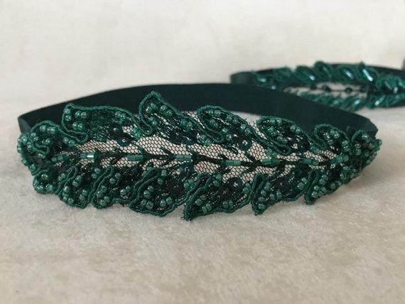 Wedding - FREE SHIP Wedding Garter Set- Emerald green Bridal Garter Set - Keepsake Garter- Toss Garter- Lace Garter- Garter- Bridal Garter