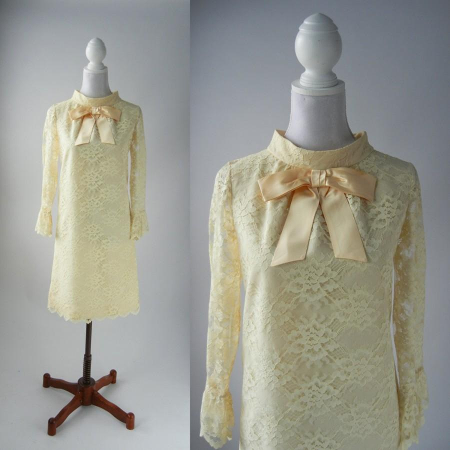 Wedding - Vintage 1960s Off White Lace Mod Dress with Bow, Wedding, Bridal