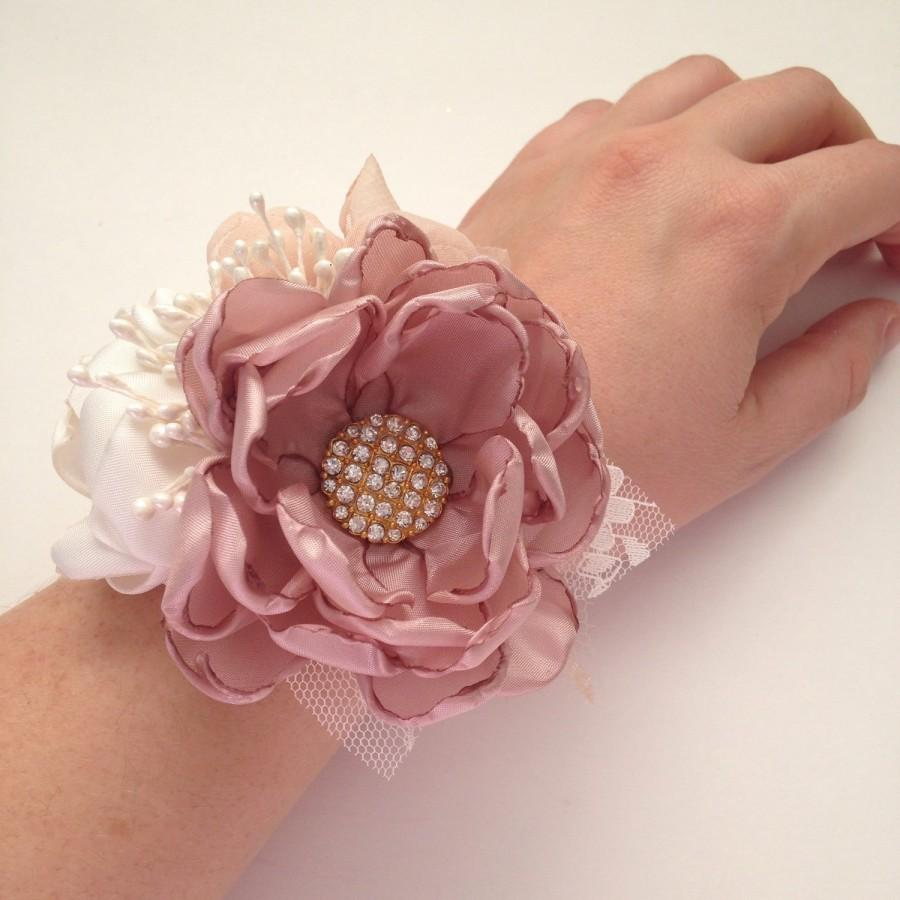 Hochzeit - Wrist Corsage - Mauve, Champagne and Ivory Wrist Corsage - Gold Accents, Handmade Fabric Flowers, Bridesmaids, Grandmothers, Bridal Party