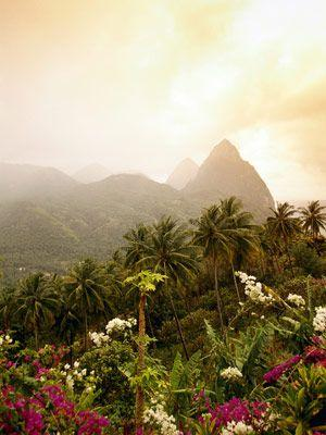 Hochzeit - The 50 Best New Honeymoon Spots For 2013!