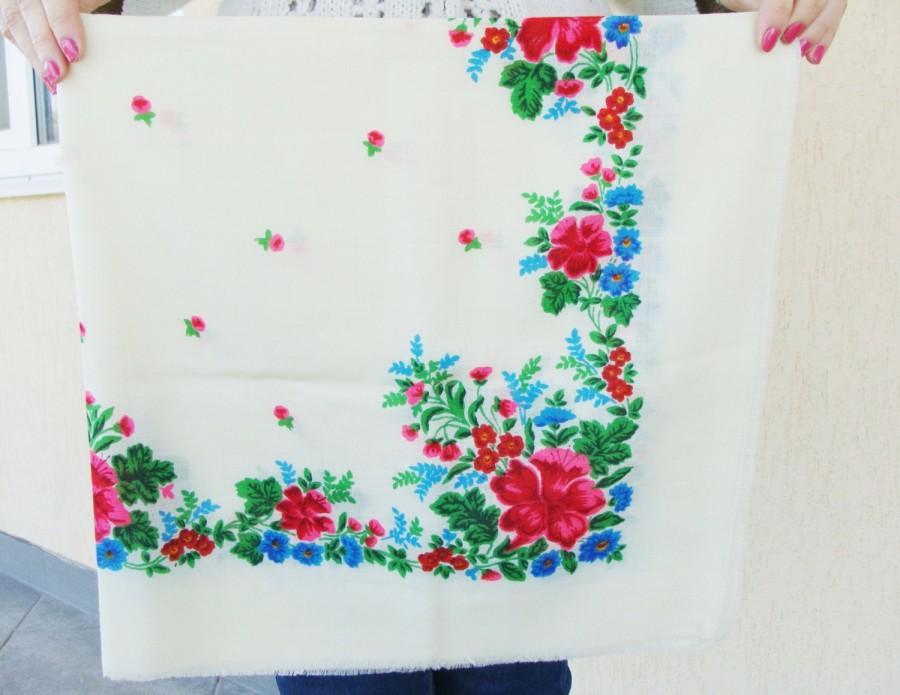 Wedding - White shawl White scarf Ukrainian shawl Vintage scarf Wool ShawlBabushka scarf Floral scarf Shawl Scarf Head Scarf Chale Russe Soviet scarf