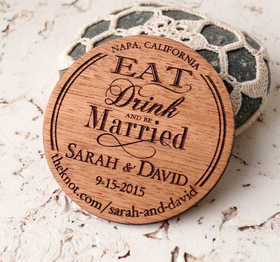 زفاف - Save the Date magnet, rustic wooden save the dates magnets, luxury mahogany magnet, personalized round wood save the dates