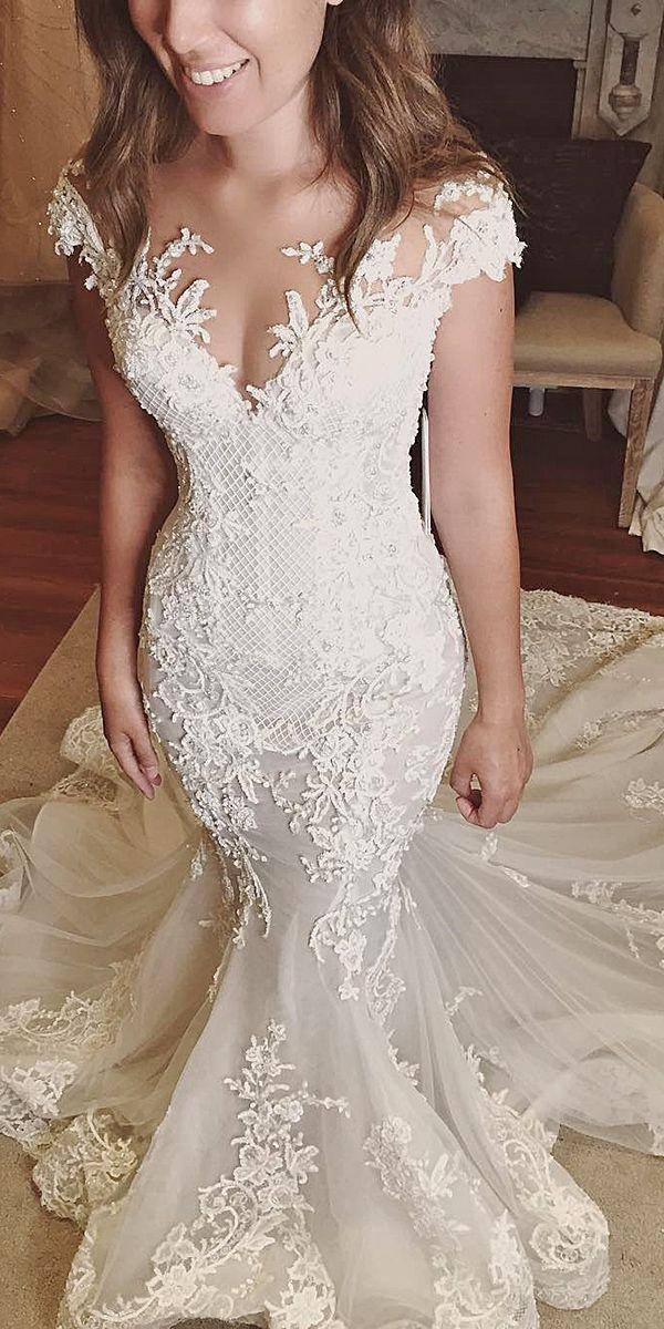 18 Romantic Off The Shoulder Wedding Dresses 2664127 Weddbook