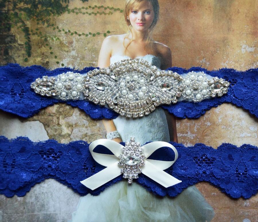 Свадьба - Wedding Garter,Bridal Garter, Wedding Garter Set, Royal Blue Lace Wedding Garter, Rhinestone Crystal Applique Garter, Catherine Style 10822