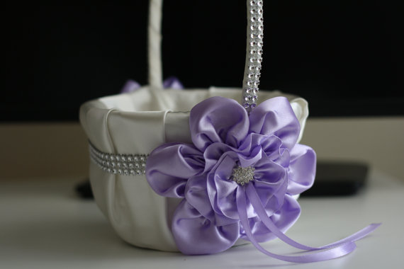 Wedding - Lavender Flower Girl Basket  Violet Wedding Baskets, Violet Ring Pillow, Light Purple Basket, Lilac Wedding Basket Pillow Set, Lilac Bearer