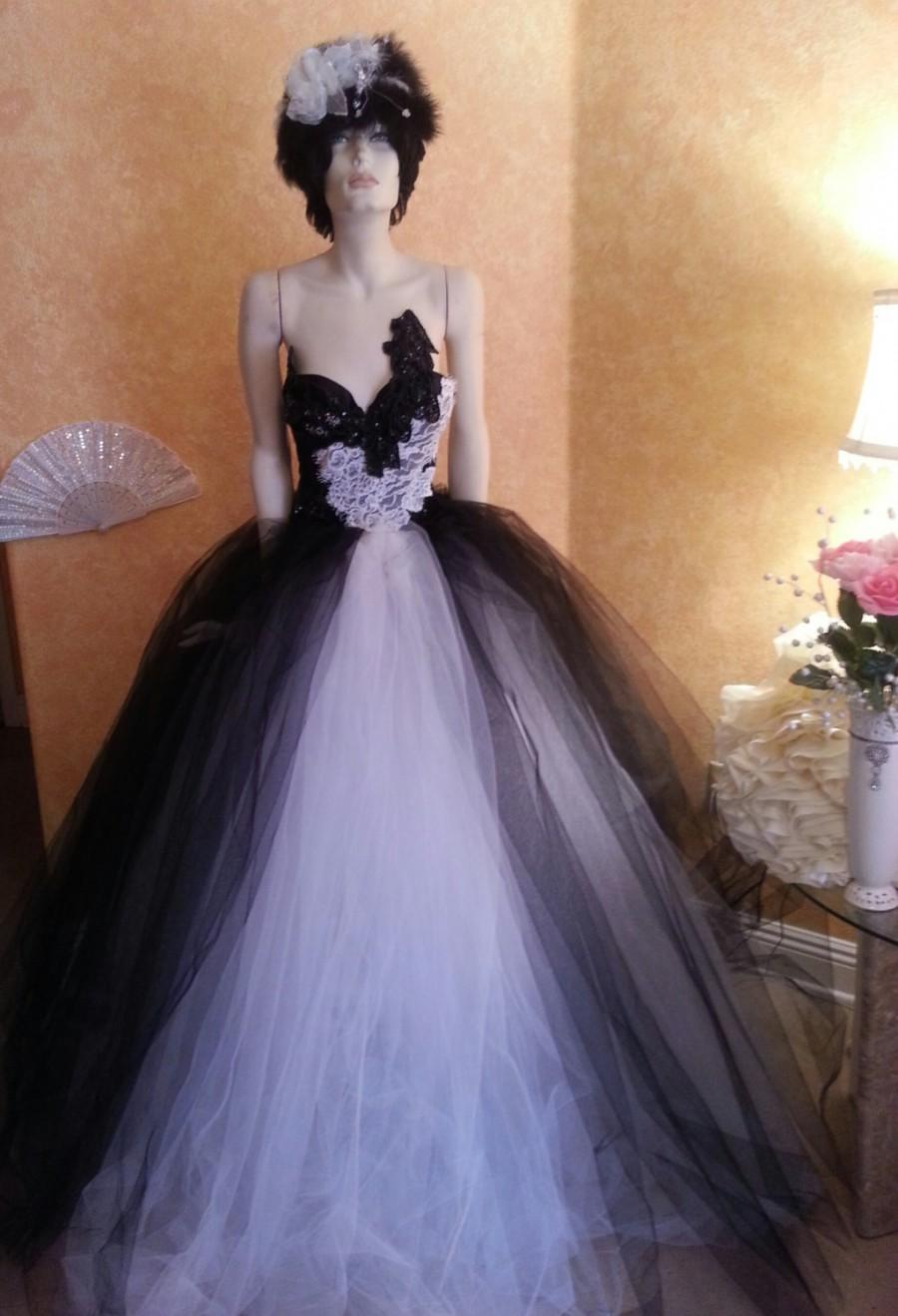 Mariage - Russian Goddess Black & White Tulle Crystal Sequin Lace Vintage Victorian Inspired Bridal Wedding Ball Gown