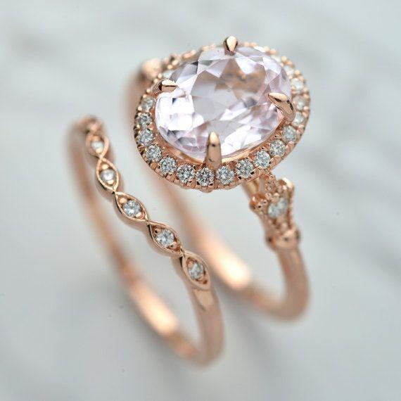 Свадьба - 14kt Pink Gold Morganite Set 2carat Purplish Pink With A Halo Matching Band