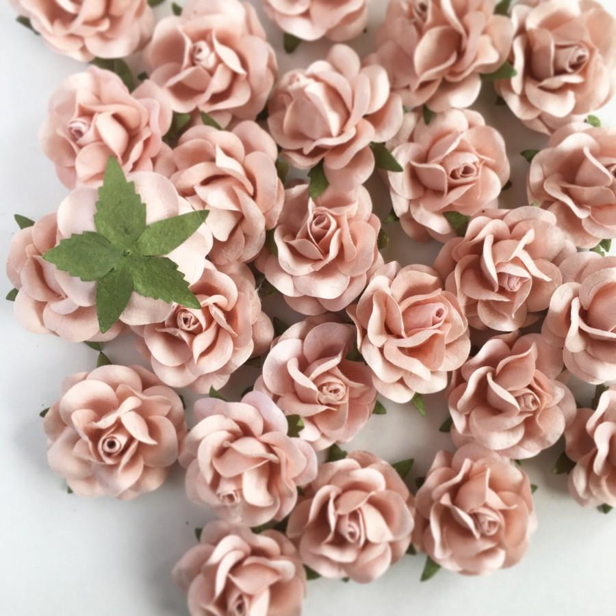Hochzeit - Blush Pink Paper Flowers Wedding. Paper Flower Backdrop Wall. DIY Wedding Favors. Wedding Favor Boxes. Wedding Decor Decorations Vintage.