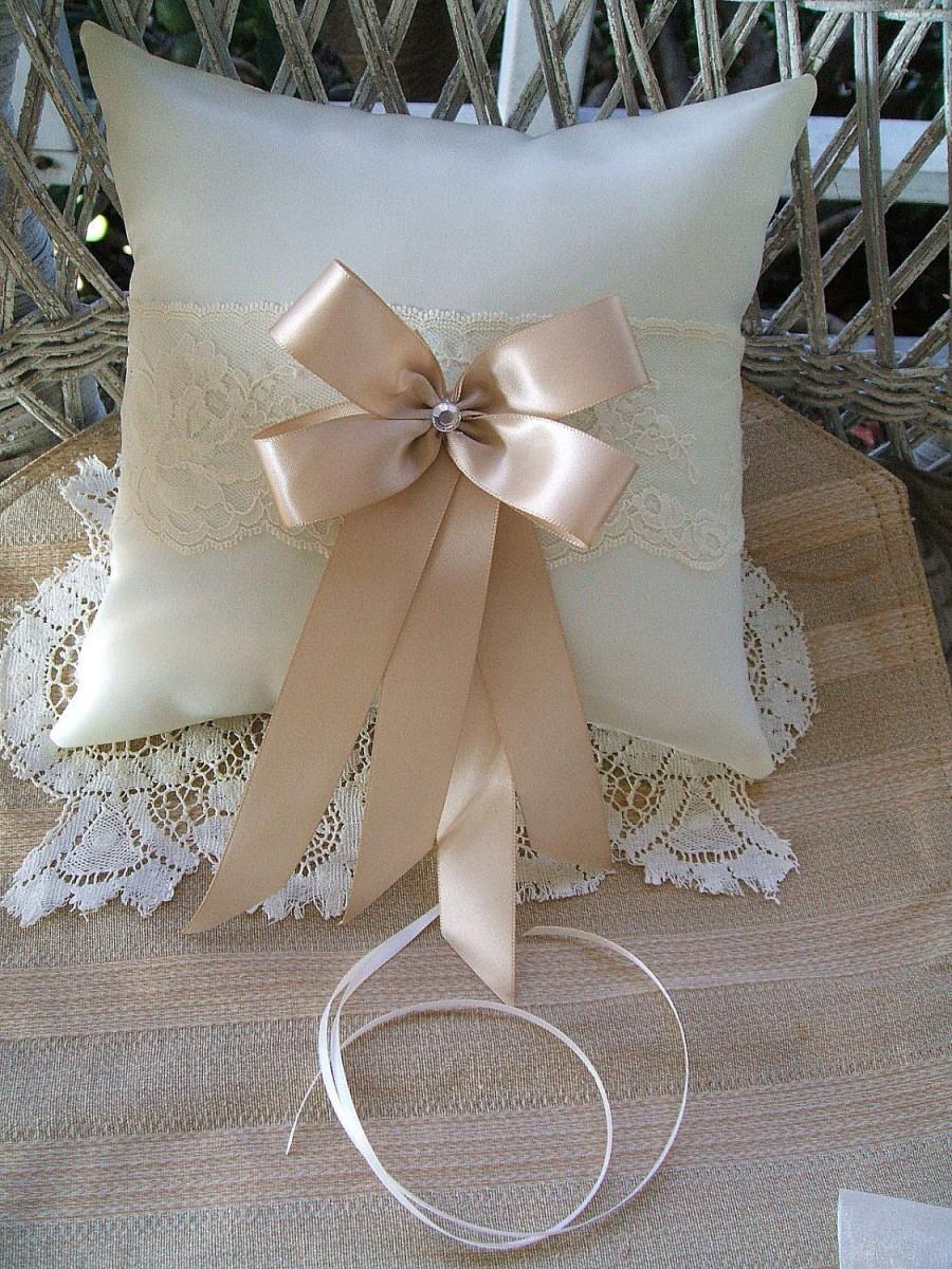 Mariage - Wedding Pillow~Handmade~RAPTURE~White, or, Ivory, Ring Pillow~Ring Bearer Boy~Choose Bow Color,