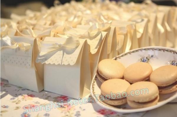 Mariage - 12pcs Anniversary Candy Box Wedding Decoration Favor TH003