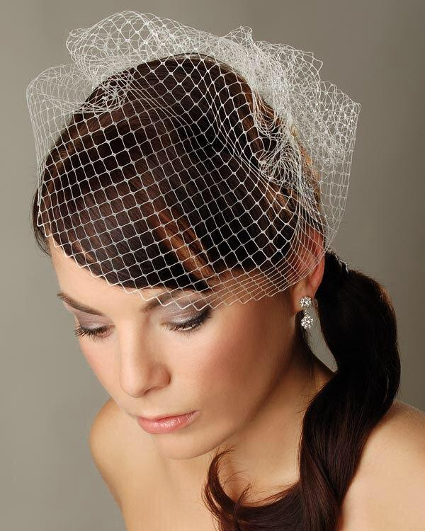 """Wedding - Birdcage veil 10"""" Short white veil Bridal veil White Fascinator Veil French netting veil Russian netting veil Wedding Fascinator Bridal veil"""