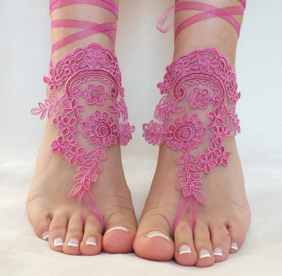 Boda - Fuchsia Purple lace barefoot sandals, FREE SHIP, beach wedding barefoot sandals, belly dance, lace shoes, bridesmaid gift, lilac, pink