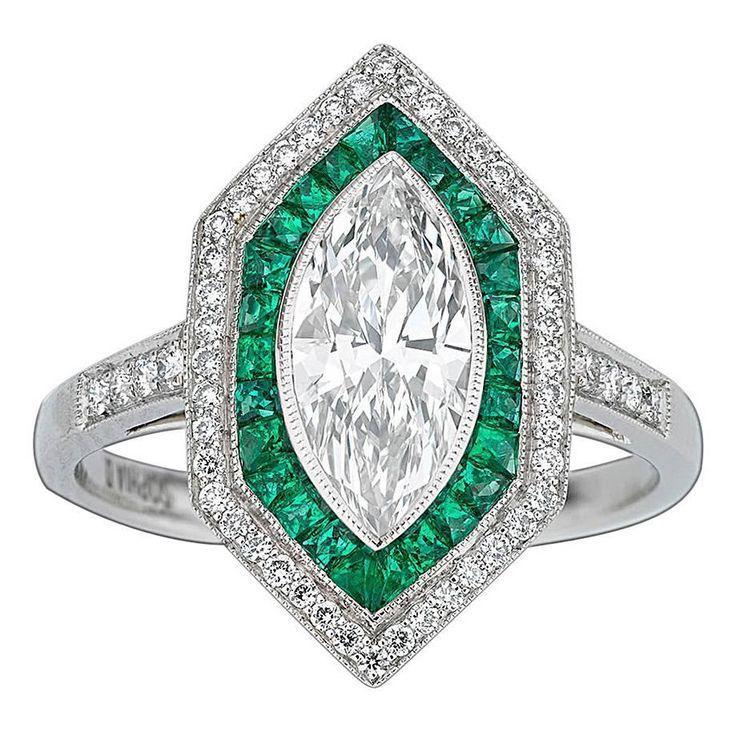 زفاف - Art Deco-Style Diamond And Emerald Ring
