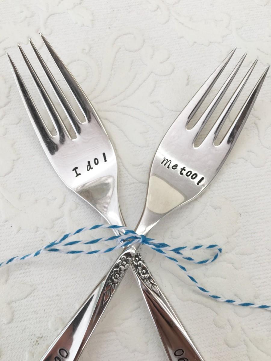 Mariage - Custom Date Stamped Wedding Fork Set from Girl Ran Away with the Spoon