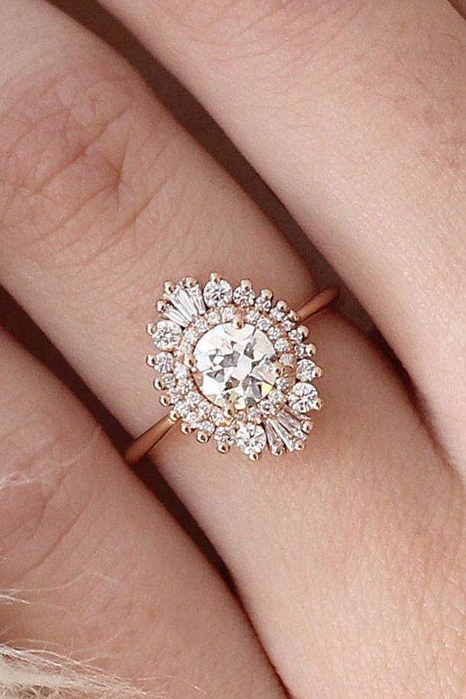 Hochzeit - 24 Vintage Engagement Rings With Stunning Details