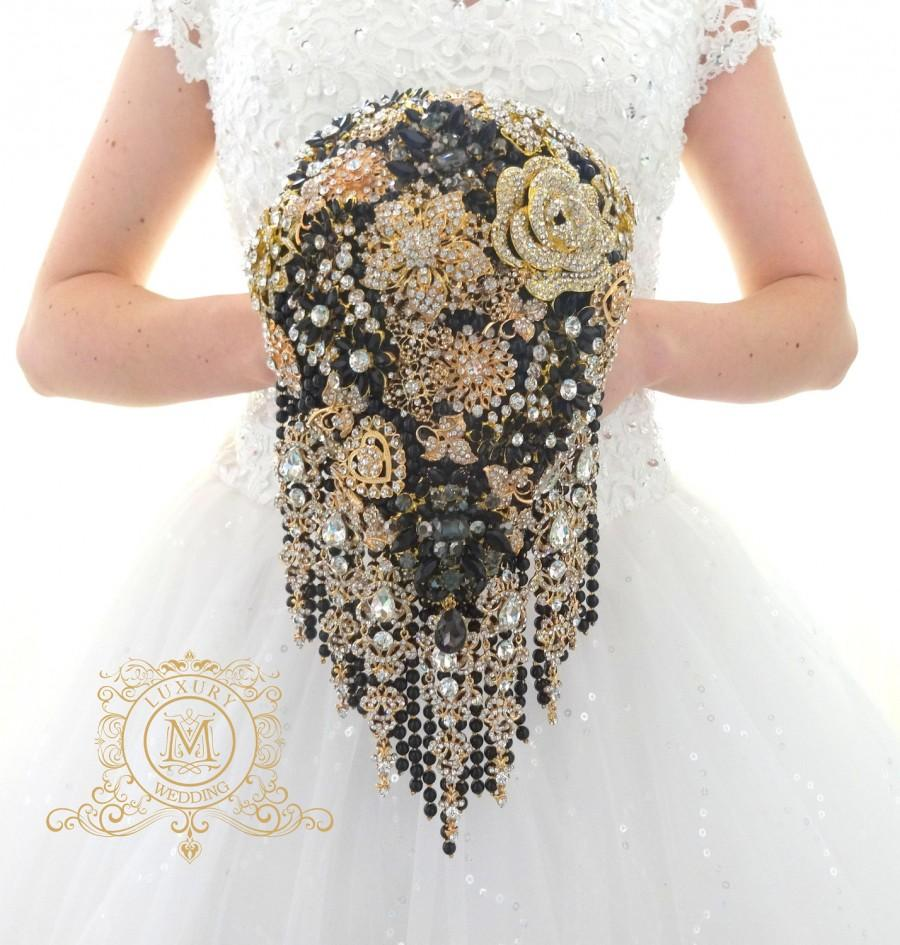 "Hochzeit - Ready to ship 6"" Rose gold and black BROOCH BOUQUET in waterfall cascading teardrop gold  Great Gatsby style, jeweled with rose design"